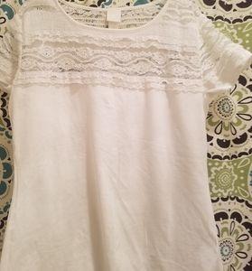 NWOT White tshirt